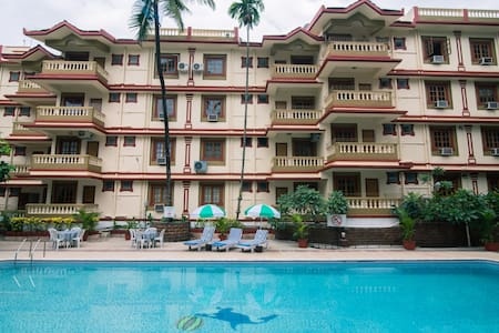 Prime Location Apartment with Gym and Pool