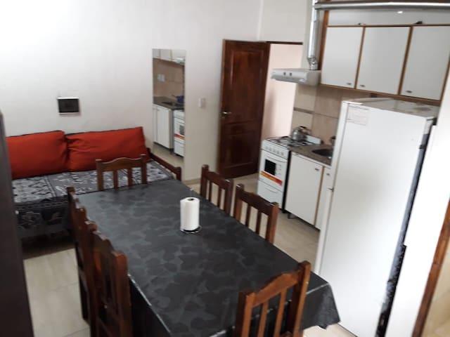 Departamento 5 Pax - Cochera -Cocina - 1 Dorm