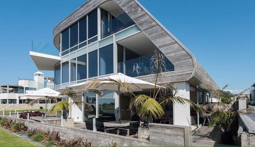Beachfront Apartment Mount Maunganui - Tauranga - Daire