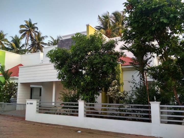 3 bhk Villa near River side