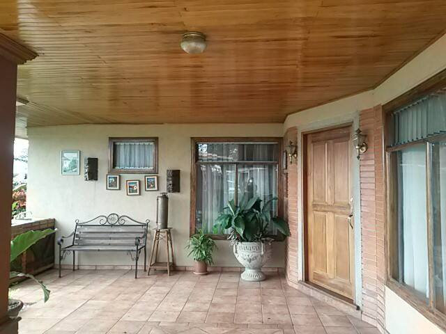Two private rooms for 3 people, near airport. - Barva - Ev