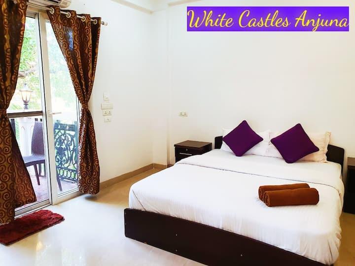 White Castles Anjuna Deluxe Room A2 Jacuzzi Villa