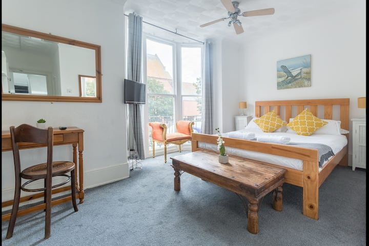 Lovely Double En Suite in the Heart of Kemptown