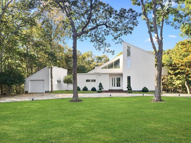 Modern Hamptons Getaway, Just Steps from the Beach
