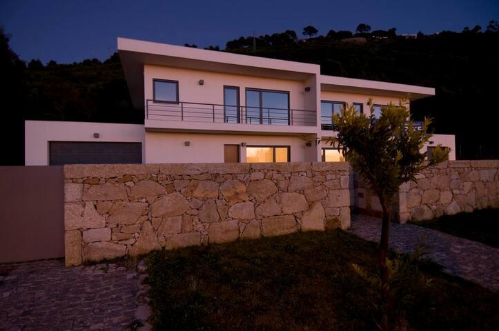 Caminha-Charming Villa Carol - Vilarelho - Villa