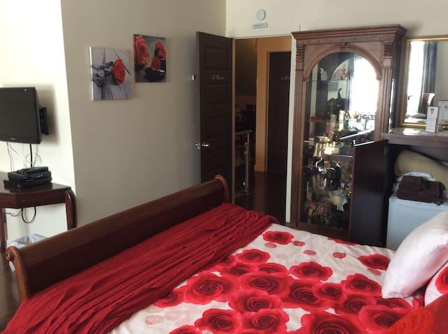 Suite de deux chambres avec Salle de bain privée
