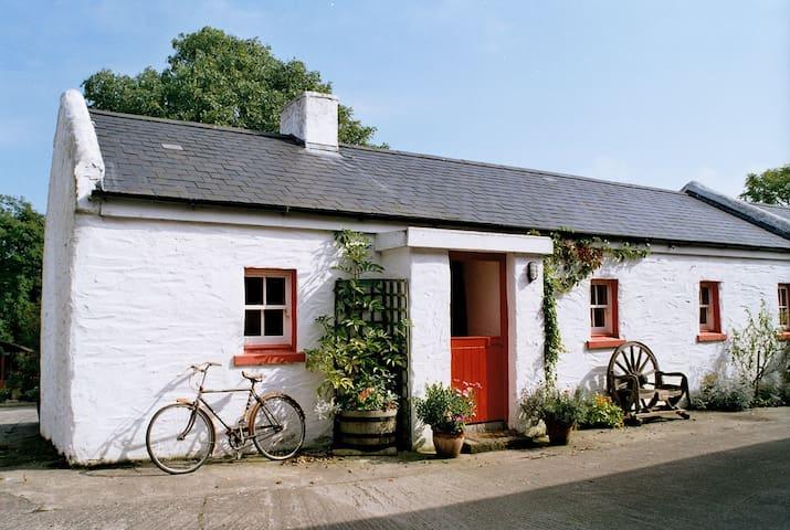 Annie's Cottage, Rosevale Farm