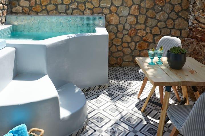 Premium Suite with Outdoor Hot Tub - Blue Sea Hotel
