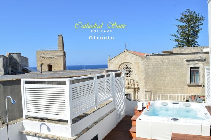 Cathedral Suite | Otranto | JACUZZI panoramica