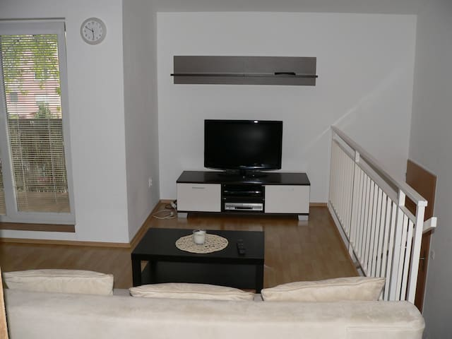 Your 2nd home, 3 room apartment, no cleaning fee. - Bratislava - Apartamento