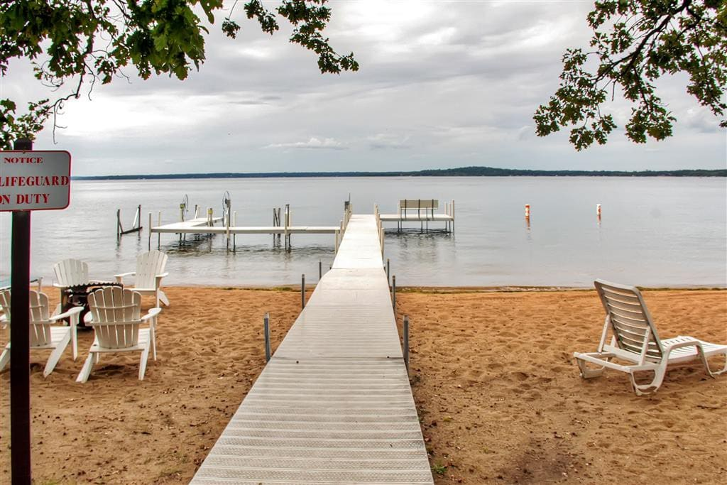 You simply can't beat this cabin's incredible lakefront location on Gull Lake!