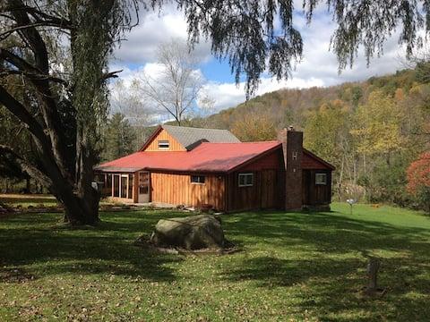 Old Farm House - Room  #2