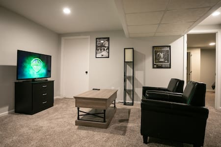 Amazing 2 Bedroom Suite near Denver and Red Rocks!