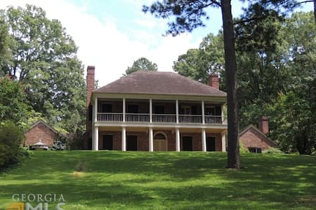 Antebellum Home 4 Acres Close to Callaway Garden - 西點(West Point) - 獨棟
