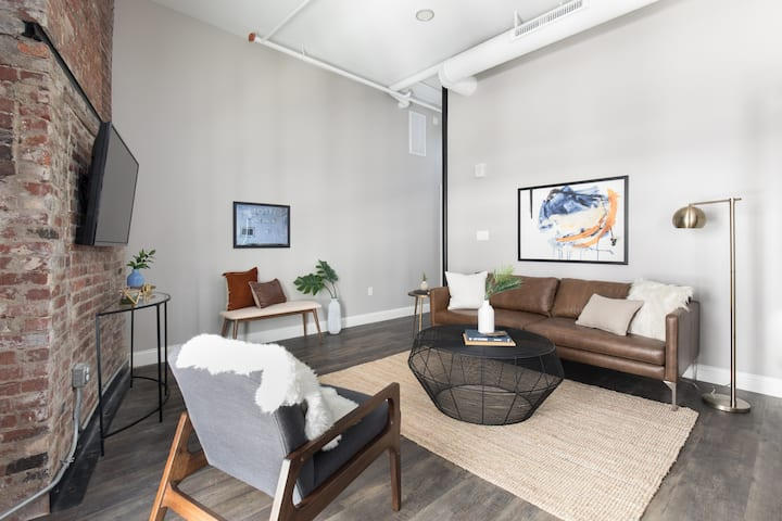 Centralized Downtown Location | On-site Parking