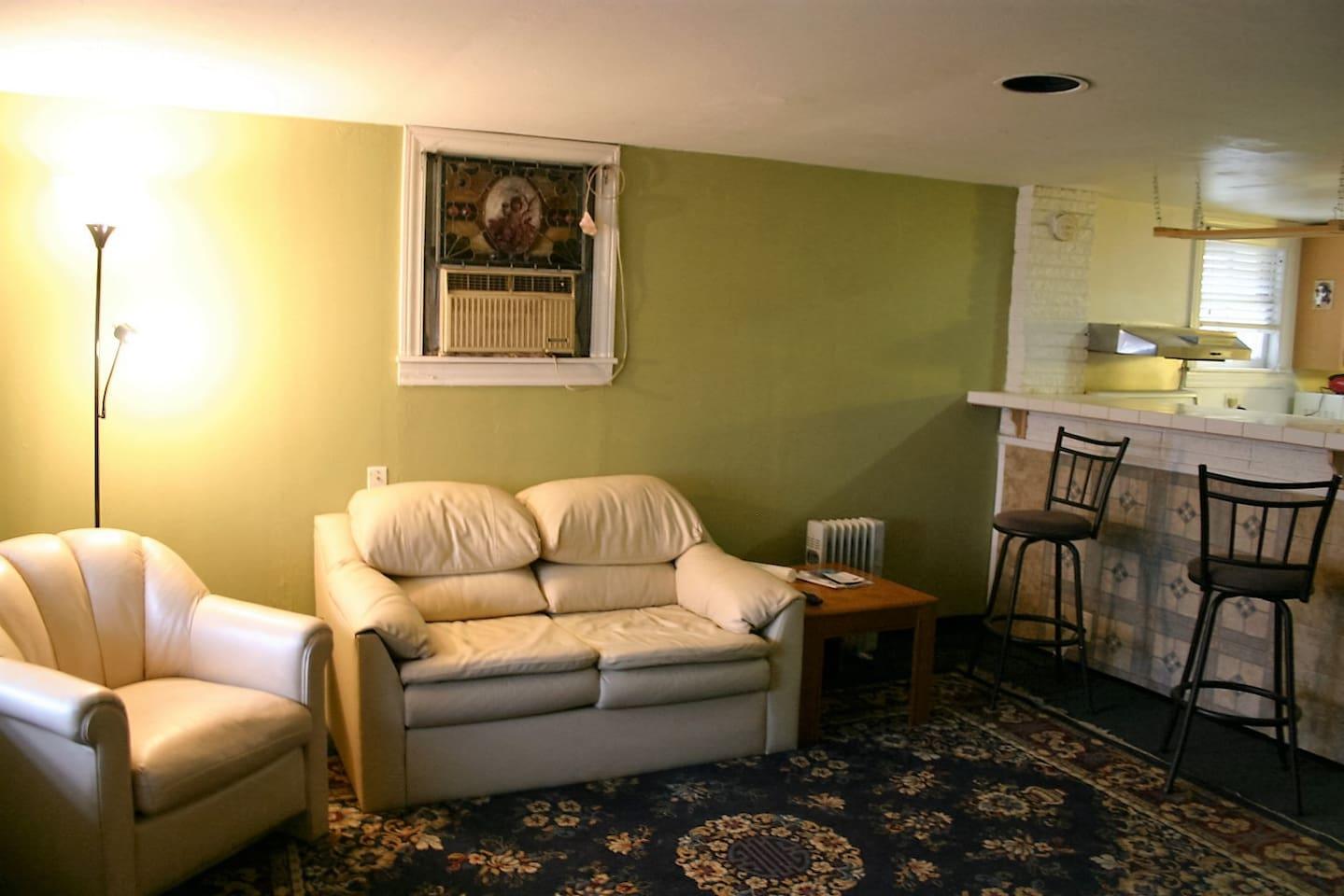 2 Bdr garden Apt. Kitchen & Bath - Apartments for Rent in Forest ...