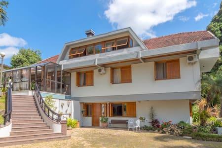 Excelente casa em Bento Gonçalves