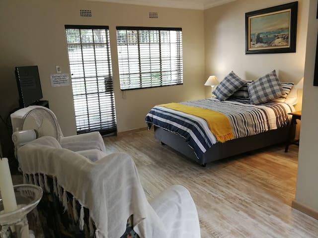 Elijah's Rest Studio suite