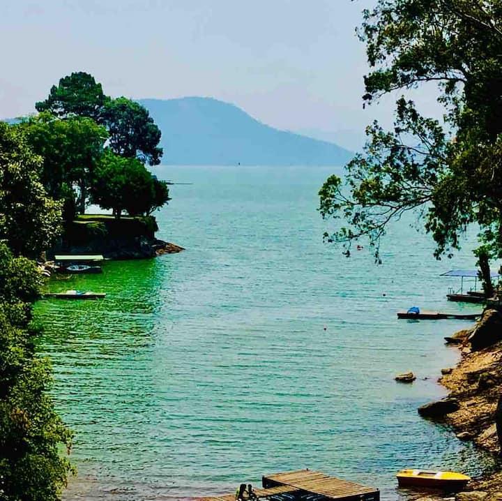 Departamento en Avandaro con acceso al lago