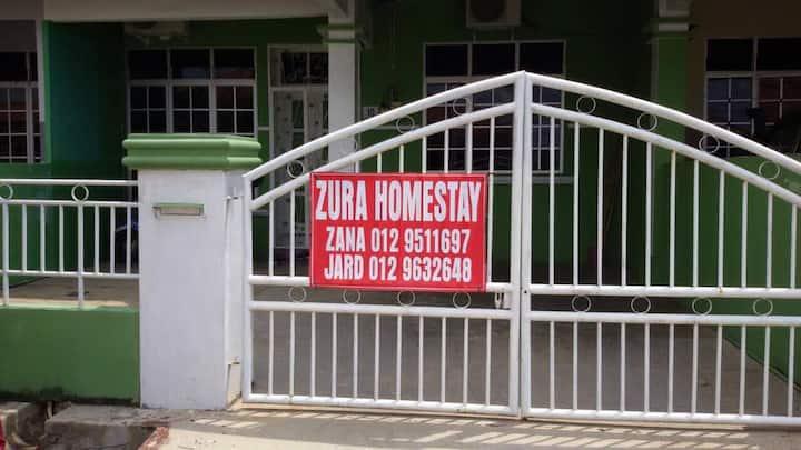 Zura Homestay - Friendly Neighborhood