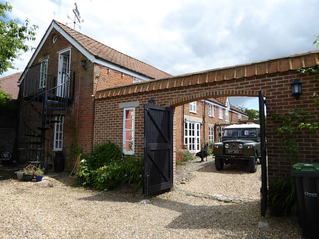 Cosy apartment in converted stables. - Pewsey - Apartamento