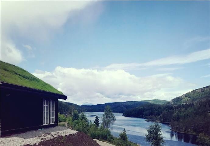 Hytte med panoramautsikt nær Bø Sommarland