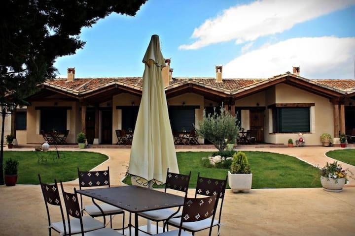 Apartamentos La Senda del Duratón, Salvia Real