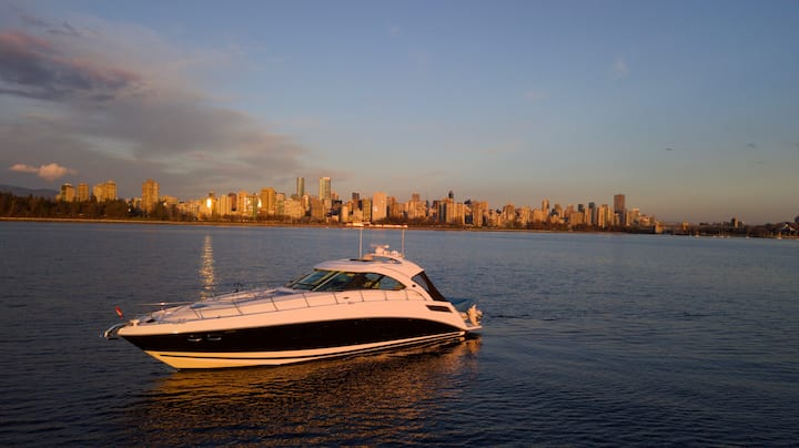 GalaSea - Luxury cruising in and around Vancouver.