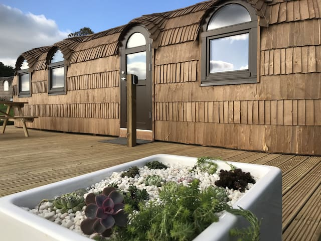 The Pilchard - Lydcott Glamping Cornwall, sea view