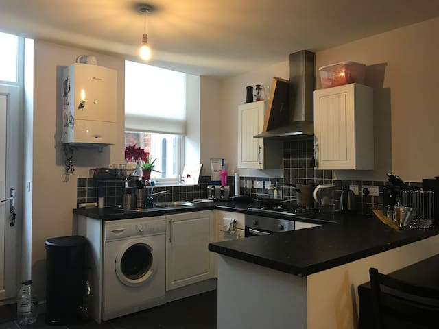 Cosy and friendly house. Best place for Your stay! - Crewe - Apartamento