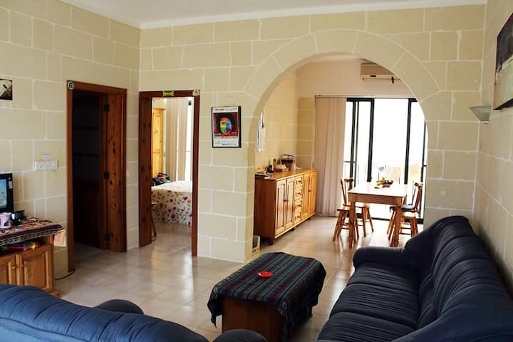 Discover Gozo! Double ensuite just 5min from Ferry