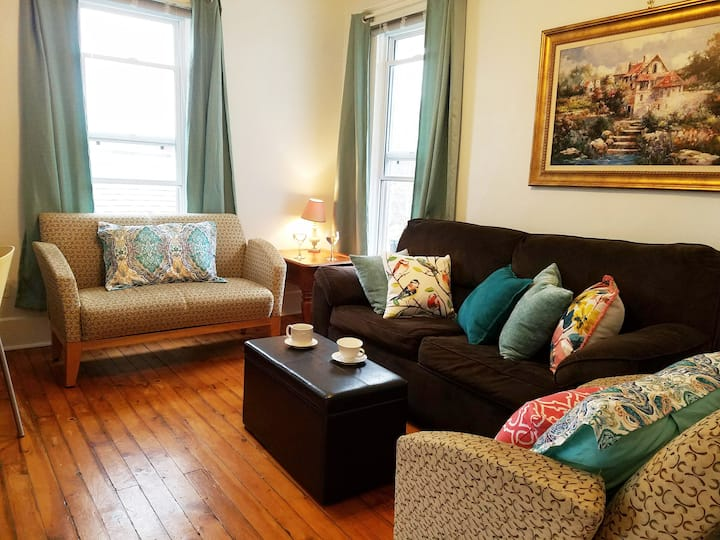Central Location. Very comfy & clean with view.