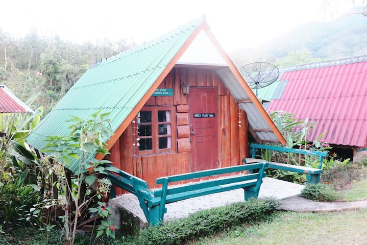 Pa-ood Homestay (Bungalow 7)