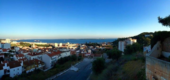 Ocean View Apartment in the heart of Setubal