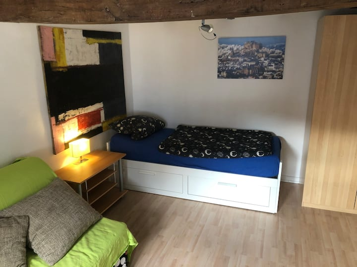 Kleines Fachwerkhaus(1St.) mit gemütlichem Zimmer