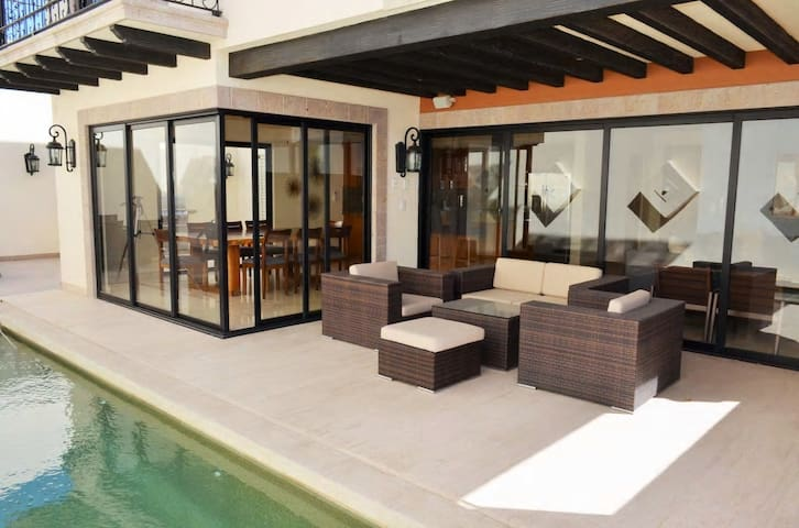 Private Pool Luxury 3BR Villa 34@Copala by V&L VR