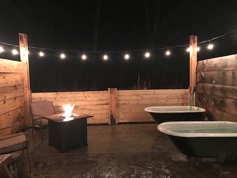 Yurt #1 with Private Hot Springs Soaking, sleeps 2