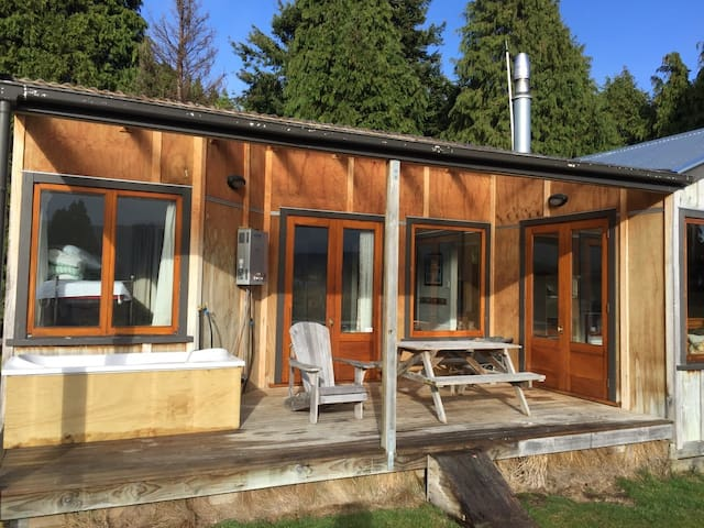 The Shack - Prime Views and Privacy