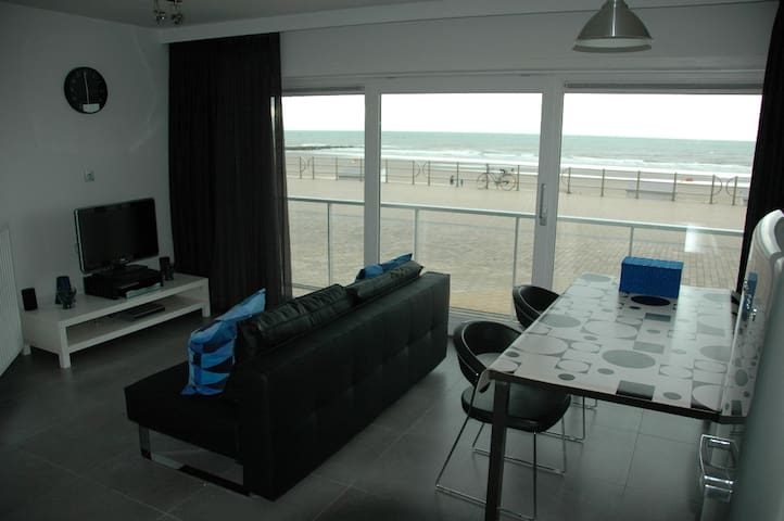 New modern apartment with beautiful seaview - Westende - Appartement