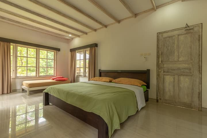 Lempeni Guest House: 2 Separated Bungalows