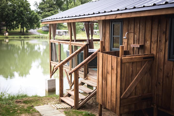 Cabane lacustre avec jacuzzi privatif