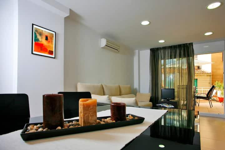 Barcelona beach triplex apartment (HUTB-006324)
