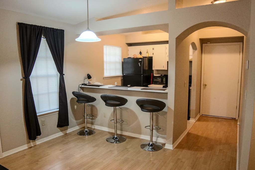 Dining Area (Bar Style) w/ USB Outlet Ports