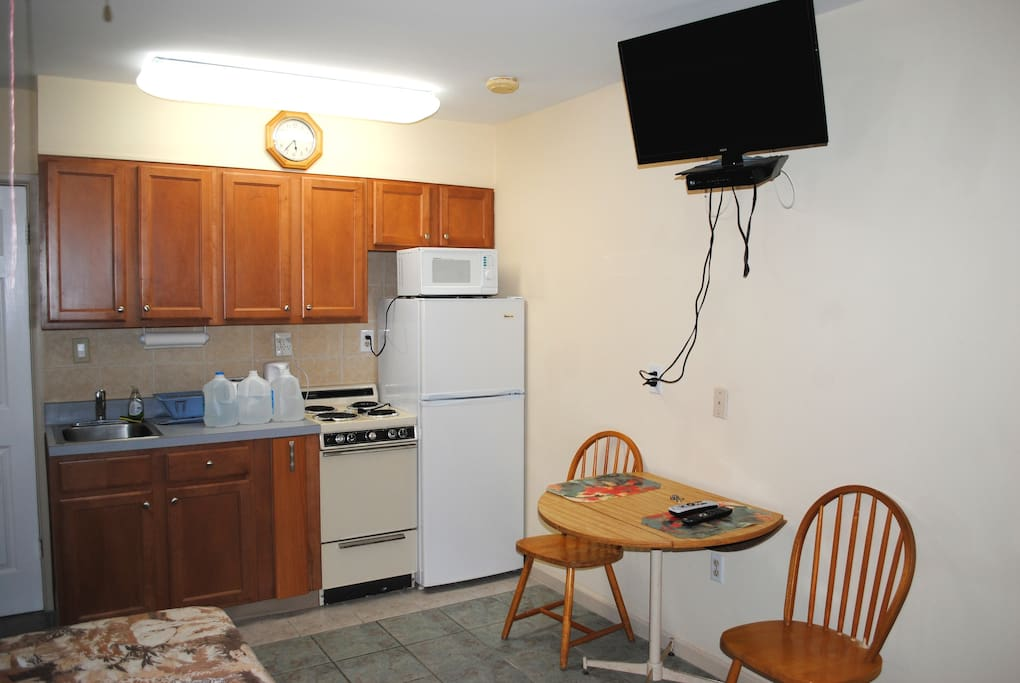 Studio efficiency apartment apartments for rent in north for Efficiency studio