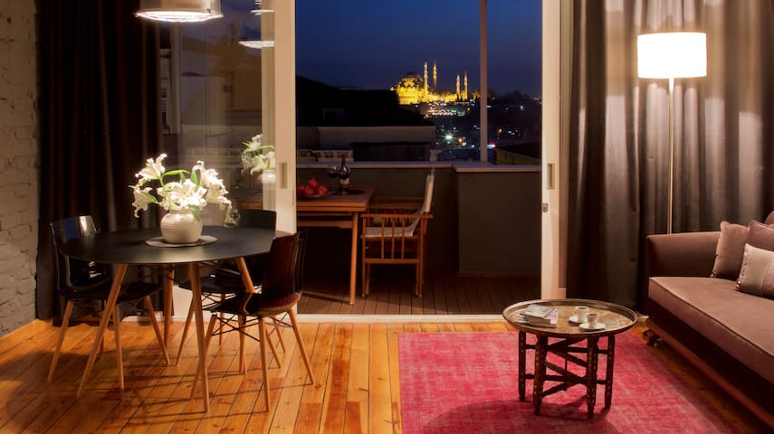 Private terrace, charm & views! - Estambul - Loft