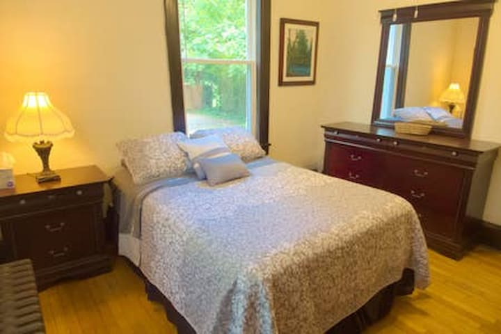 Room with TV in  Eco-apartment w/Massage Chair