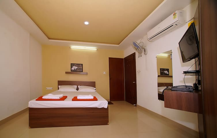 AC Rooms in the heart of town (Coorg)