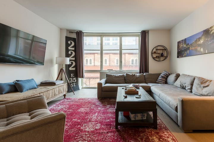 5 Star - 1br Oversized Feb/Mar Available