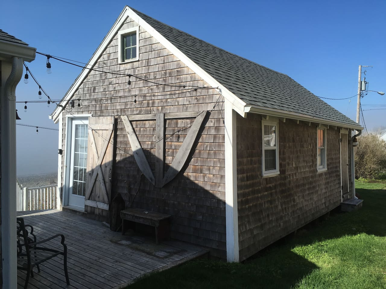 Seaside Coastal guest cottage.