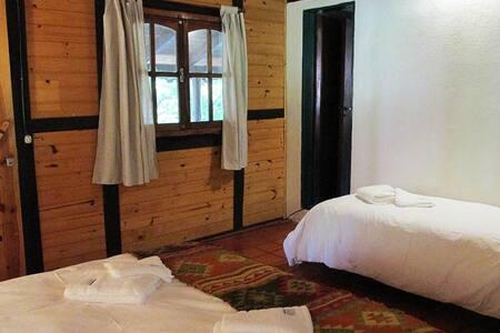 Habitación principal Cerro Negro- 5 personas